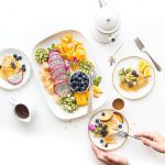 Dieta wegańska oproporcjach 80/10/10 – jadłospis wskrócie
