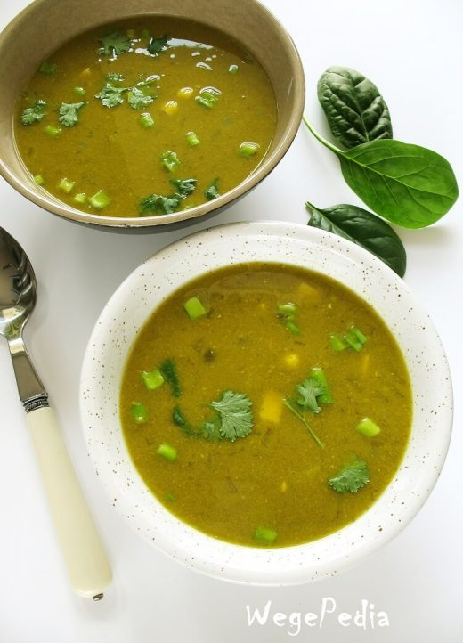 Zupa kukurydziana krem ze szpinakiem i tofu – wegańska