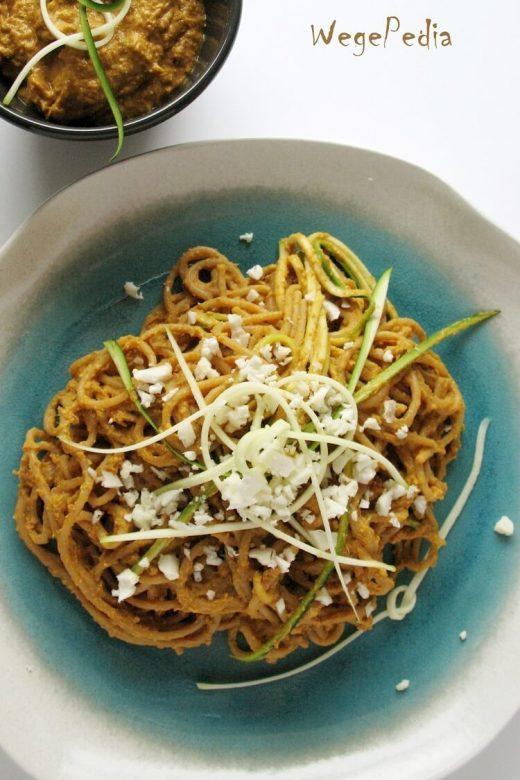 Wegański sos serowy do makaronu i nie tylko - bez gotowania!