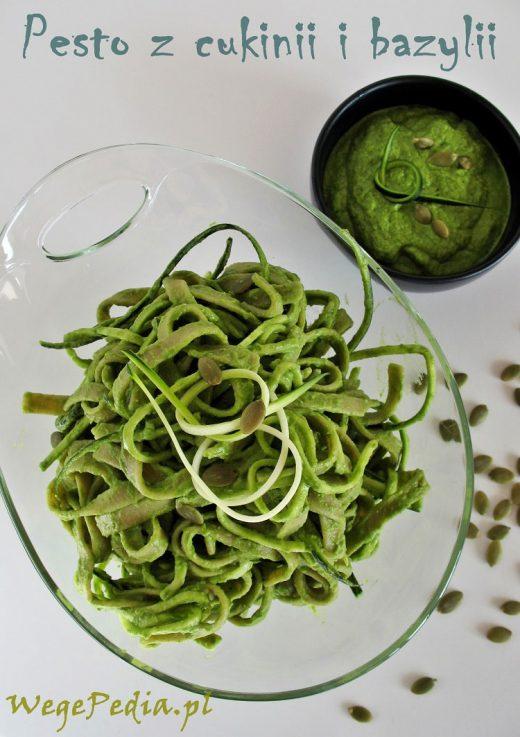 Pesto z cukinii i bazylii - bez oleju, bez gotowania