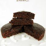 """Szybkie wegańskie BROWNIE – pyszne, niskotłuszczowe, """"tradycyjne"""""""