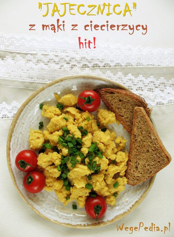 wegańska jajecznica z ciecierzycy