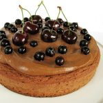 3-składnikowe ciasto owsiano-daktylowe zkremem SNICKERS (wegańskie, bezcukru)