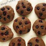 Wegańskie ciastka owsiane zwiśniami iporzeczkami – bezcukru
