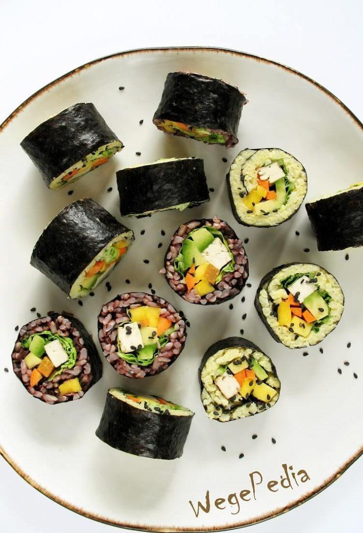 Wegańskie sushi z ryżem brązowym lub kaszą jaglaną i miso