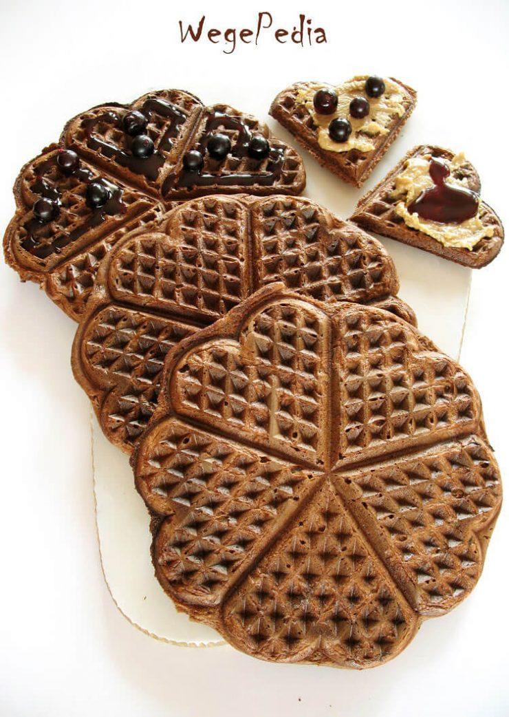 Wegańskie gofry czekoladowe z makiem