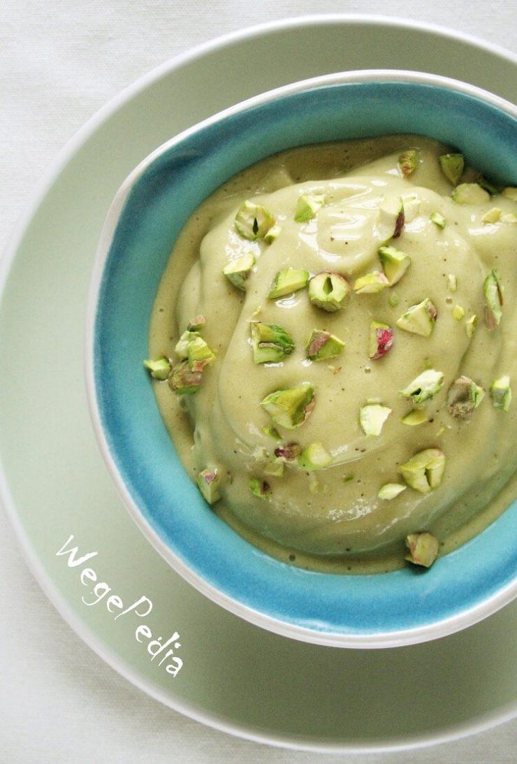 Wegańskie lody bananowe z zielonej herbaty matcha - przepis fit