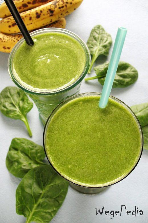 Zielony koktajl ze szpinakiem, bananem i kiwi - dla dzieci i nie tylko