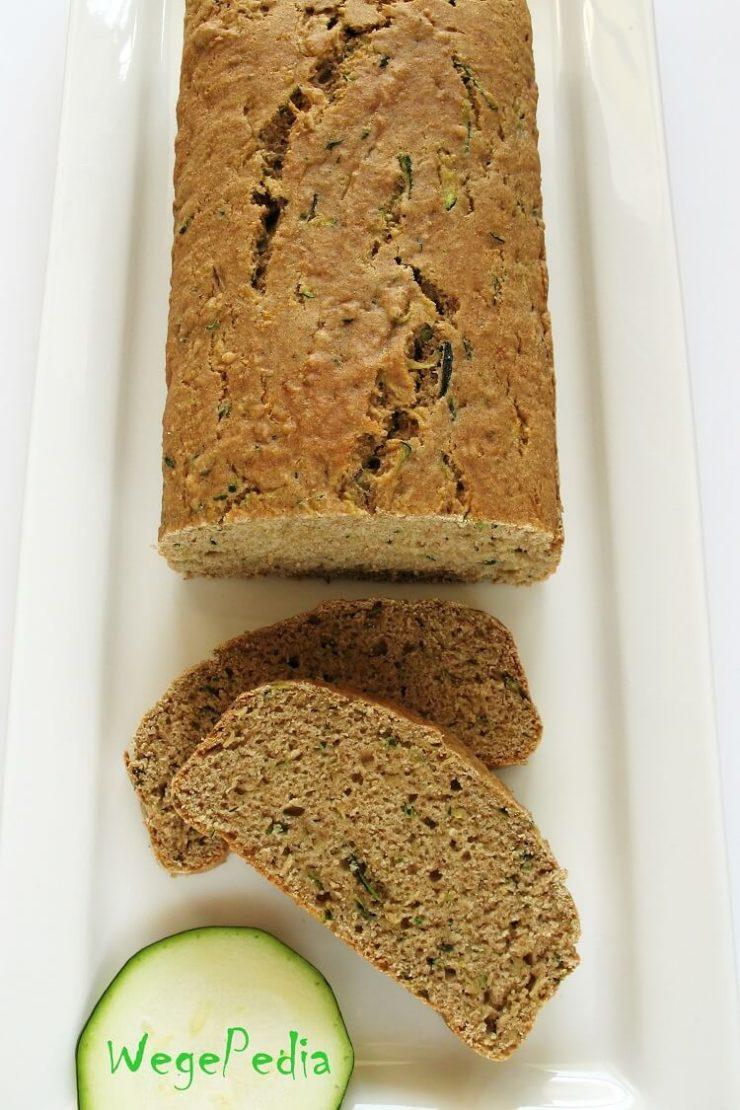 Chlebek cukiniowy fit na słodko - prosty i szybki, wegański