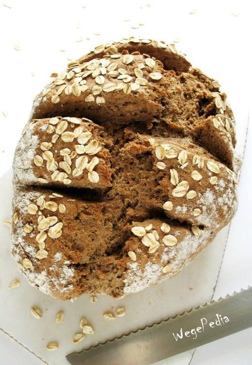 Ekspresowy chleb na sodzie - razowy, zdrowy, fit, wegański