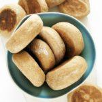 Bułki zpatelni, drożdżowe, pełnoziarniste, 4 składniki
