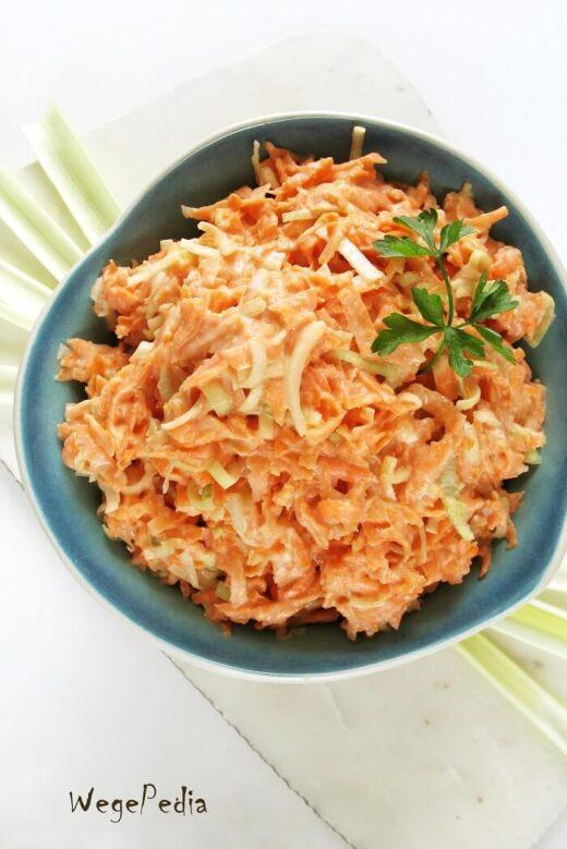 Fit surówka z marchewki i pora, do obiadu, wegańska
