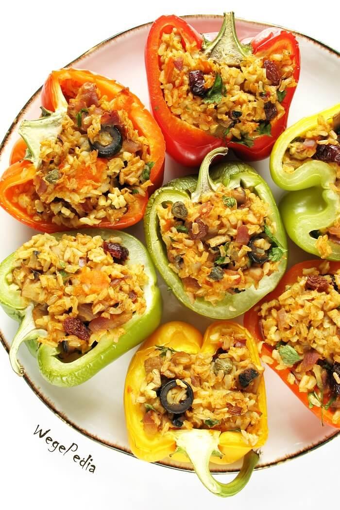 Fit papryka faszerowana warzywami i ryżem curry